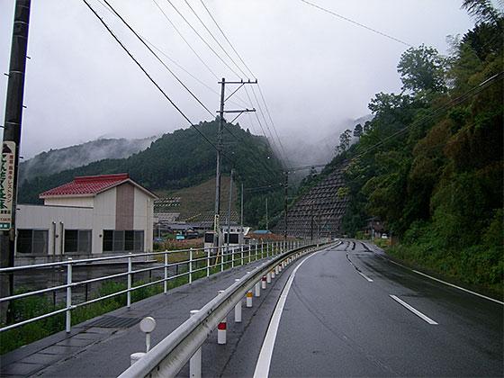 2009_0606_084944AA.jpg